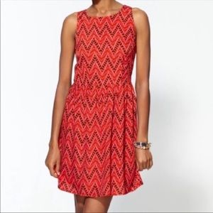 BB Dakota Chevron Print Dress in red